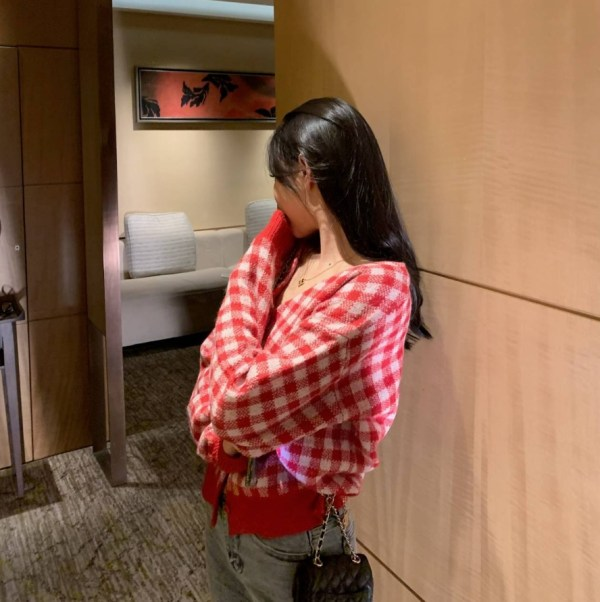 Red Plaid Grid Cardigan | Wendy – Red Velvet