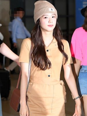 Band Collar Tan Colored Belted Dress | Jisoo – Blackpink