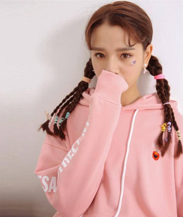 Elmo Head Pink Hoodie | Momo – Twice