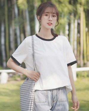 Basic Round Neck T-Shirt (3)