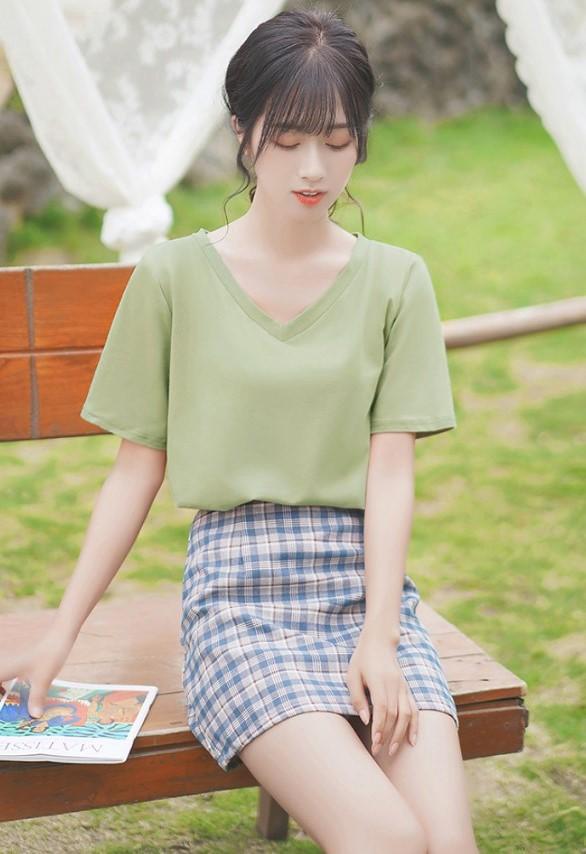 Plain Green V-Neck Tee