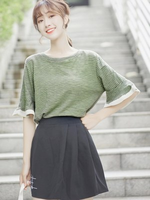 Ruffled Half-Sleeved T-shirt (1)