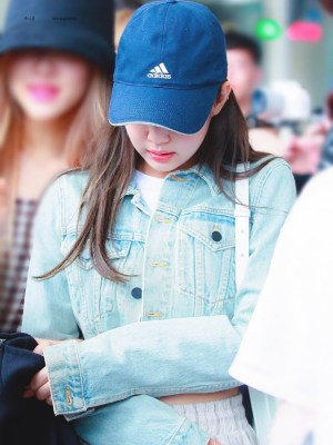 Blue Cropped Denim Jacket | Jennie – BlackPink