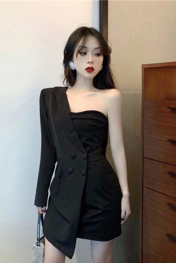 Suit And Tube Black Dress | Joy – Red Velvet