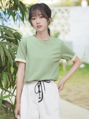 Green Round Neck Basic T-Shirt (5)