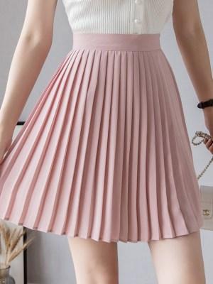 IU – Pink Pleated Skirt (6)