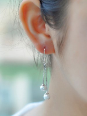 Joy – Red Velvet Pearl Drop Earrings (1)
