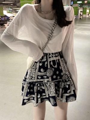 Yeji – ITZY Bandana Print Skirt (5)