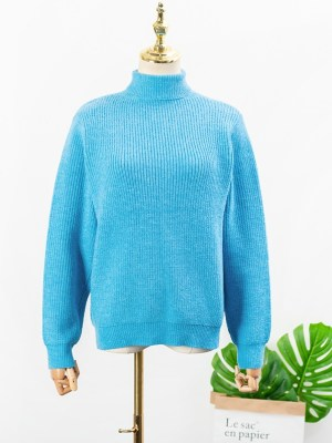 IU – Blue High Neck Knitted Sweater (6)