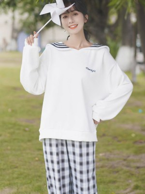 Moonlight Cat Sailor Type Sweater (5)