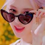 Black Heart-Shaped Glasses | Rose – BlackPink