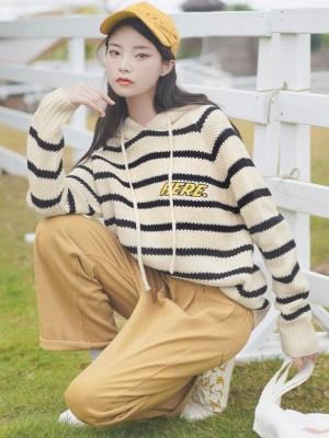 Wavy Black Striped Hoodie (11)