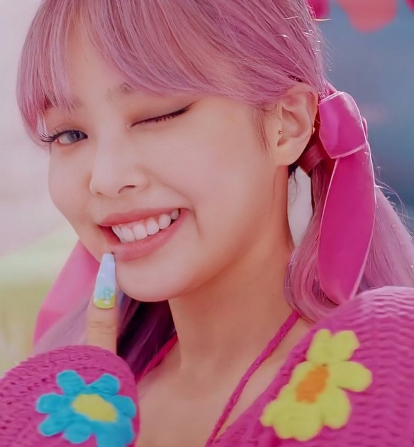 Pink Bow Hairpin | Jennie – BlackPink