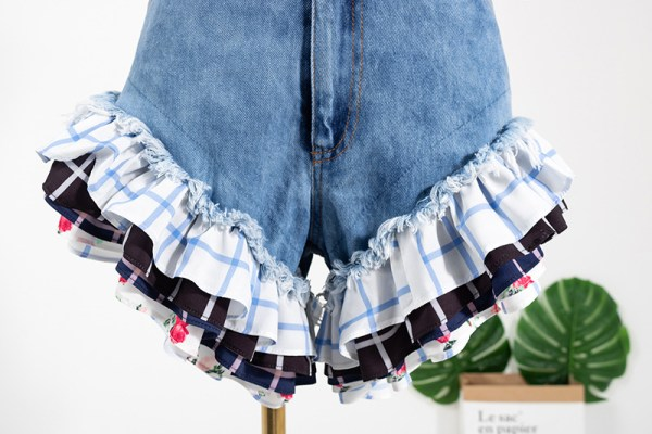 Denim Ruffled Hem Shorts | Rose – BlackPink