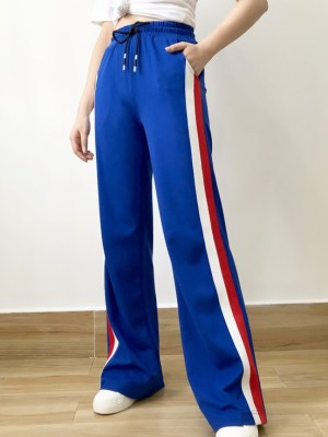 Sa Hye-Jun – Record Of Youth Blue Track Pants With Stripes (21)