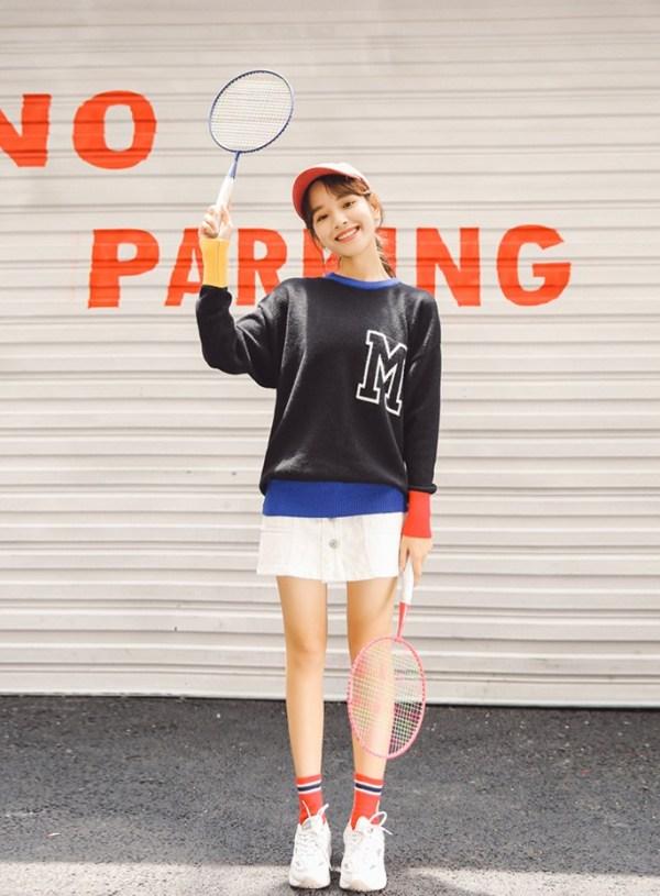 Cute Letter M Sweater | Yugyeom – GOT7
