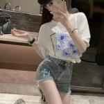 White T-Shirt With Blue Flowers   DK – Seventeen