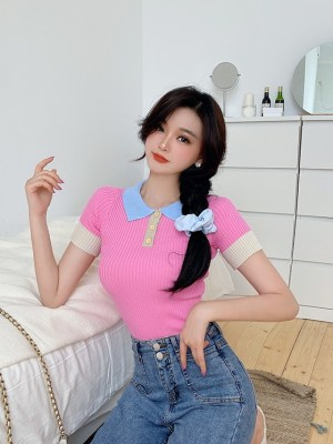 Chaeryeong – ITZY Pink Colorblock Polo Shirt (11)