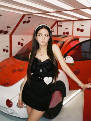 Black Laced Bow Tube Dress | Jisoo – BlackPink