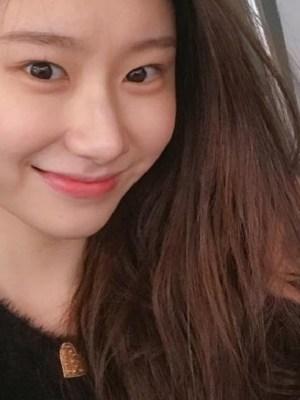Black Heart Buttoned Plush Cardigan | Chaeryeong – ITZY
