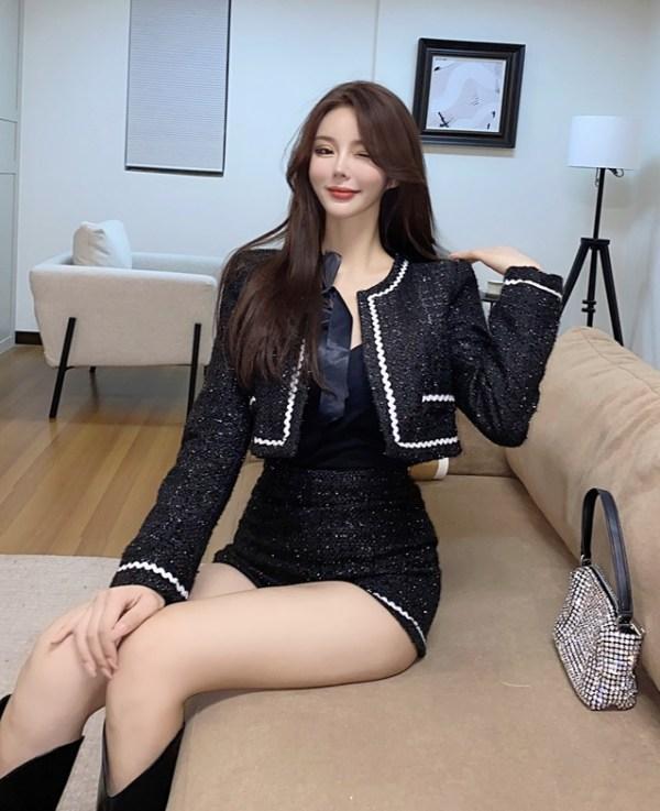Sparkling Black Tweed Jacket | Jennie – BlackPink