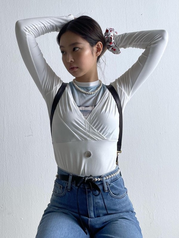 White Wrapped Front Top | Jennie – Blackpink