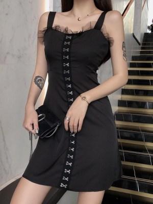 Jisoo – BlackPink Black Sleeveless Hook Dress (13)