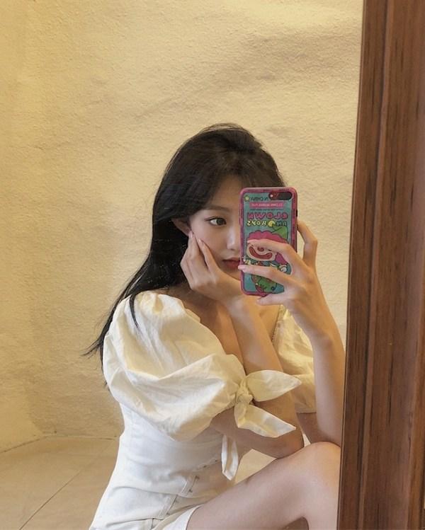 White Puffed Sleeve Hook Dress | Seulgi – Red Velvet