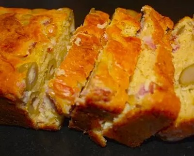 Cake salé, cake sucré – Cake gouda-jambon-olives & Cake au chocolat