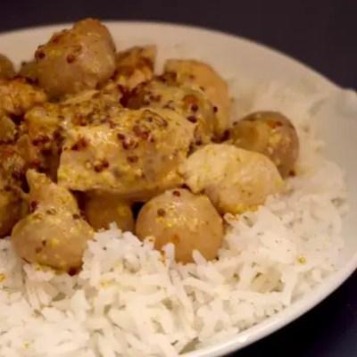 Poulet moutarde à l'ancienne, curry et champignons