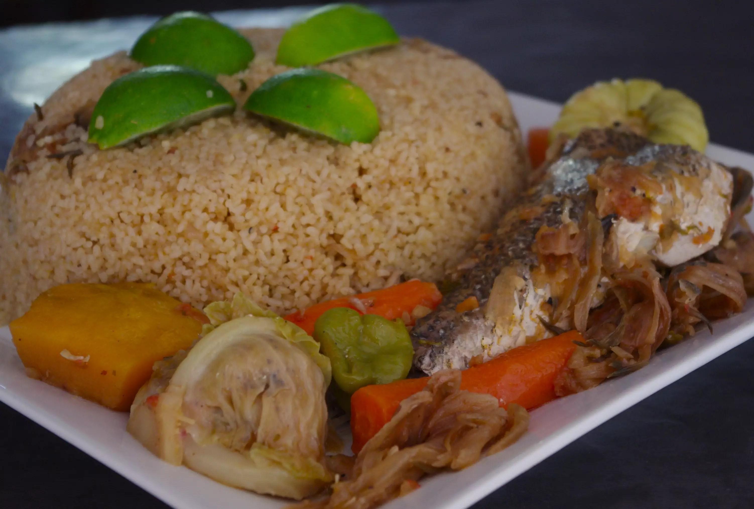 Tiep bou dien for Nourriture du poisson