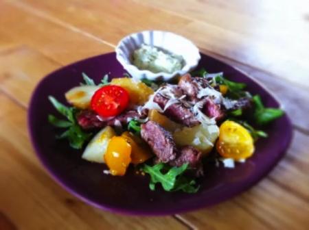 Salade-tiede-boeuf-sauce-avocat