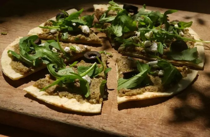 pittas olives vertes aubergines à la poêle