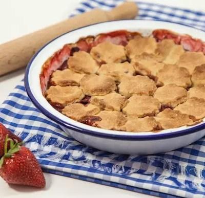 Pandowdy pomme, fraise, rhubarbe