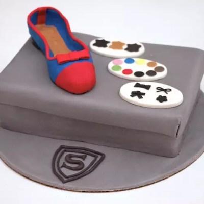 Gâteau boite à chaussures et sa ballerine