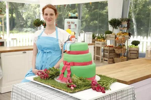 wedding cake anne sophie meilleur patissier Le Meilleur Pâtissier Semaine 5 – Le wedding cake