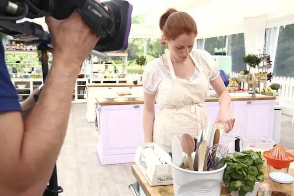 anne sophie LMP Le Meilleur Pâtissier Semaine 8 – Les desserts à lassiette