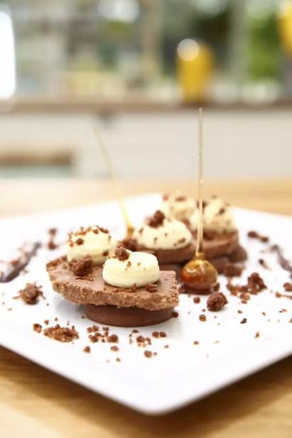 dessert assiette chocolat anne sophie Le Meilleur Pâtissier Semaine 8 – Les desserts à lassiette