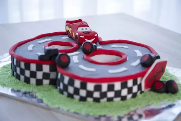gateau,cars