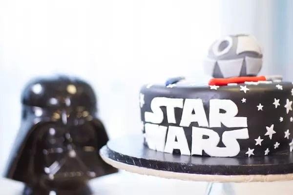 gateau-star-wars-pate-a-sucre