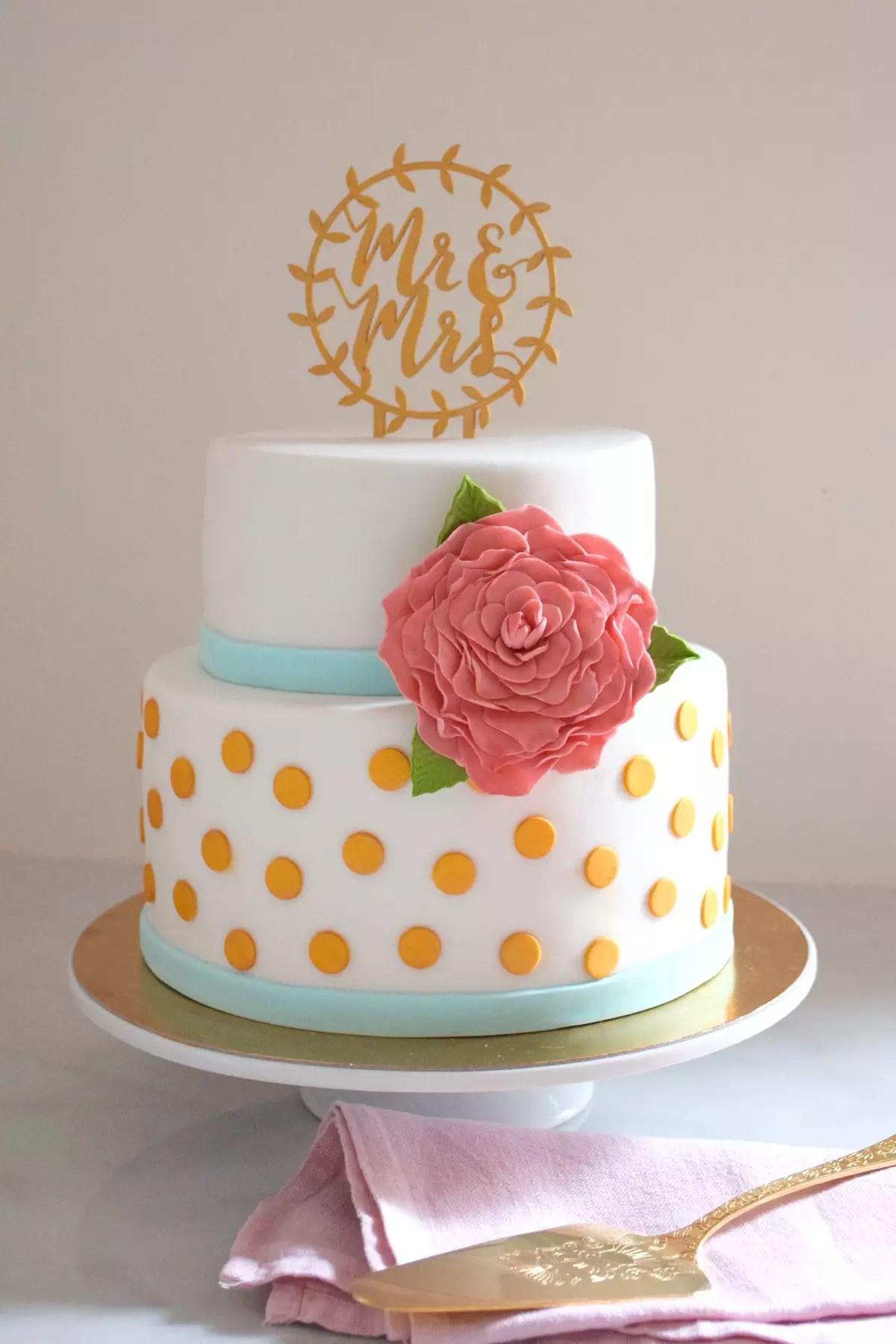 Wedding Cake Pois Or Fleur Rose