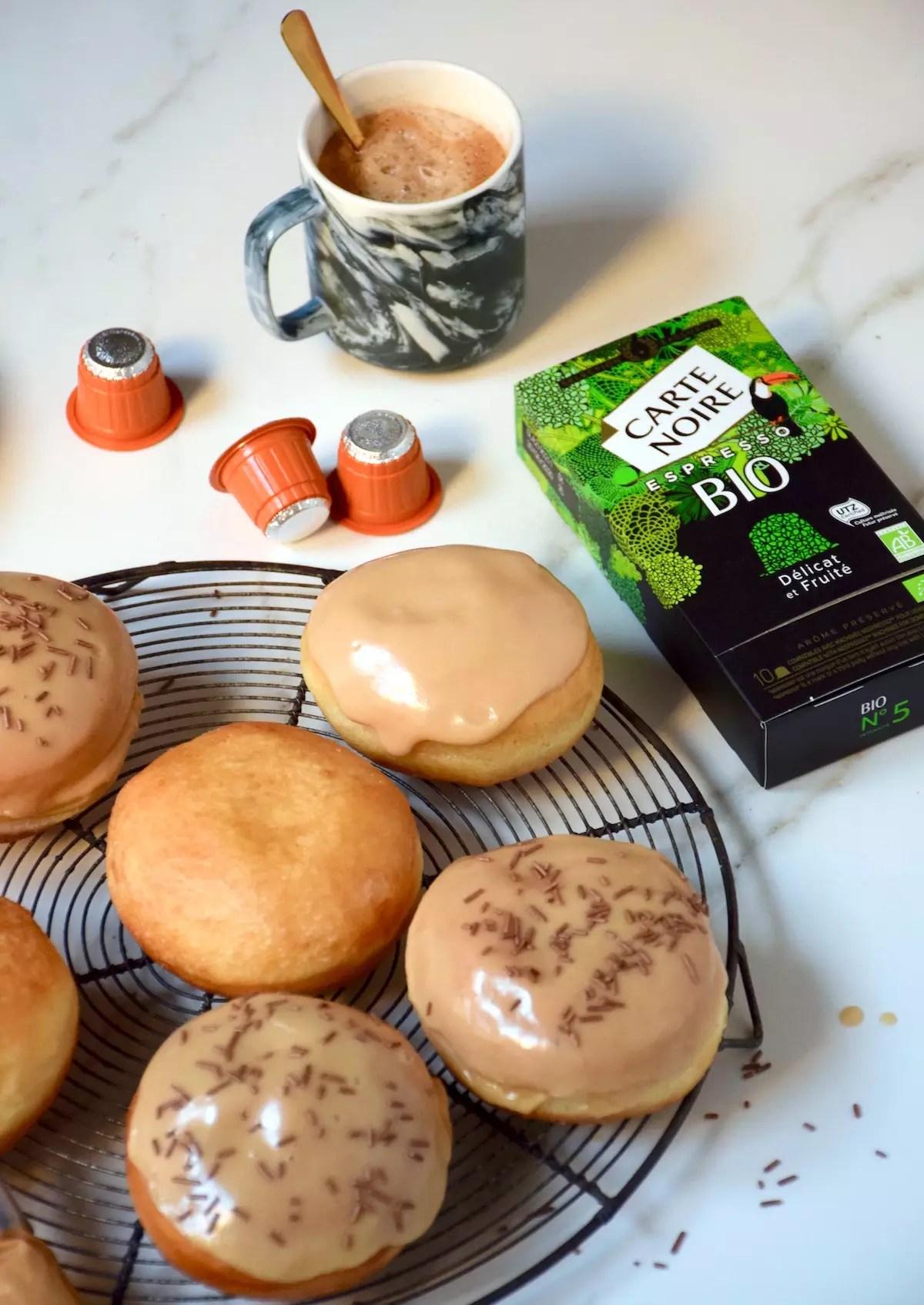 Donuts fourrés au café