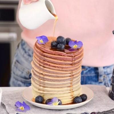 Rainbow pancakes framboise lait de soja