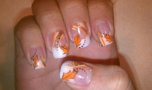 30 Autumn Tree Leaf Nail Art Designs Ideas