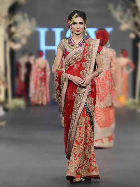 Red Color Seavy Aree In Pakistan FashionEven