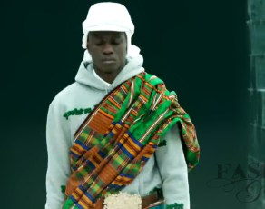 Louis Vuitton Goes Kente In Black Targetted Show With A Fierce Performance By Mos Def For Thier Men's Fall-Winter 2021 Show