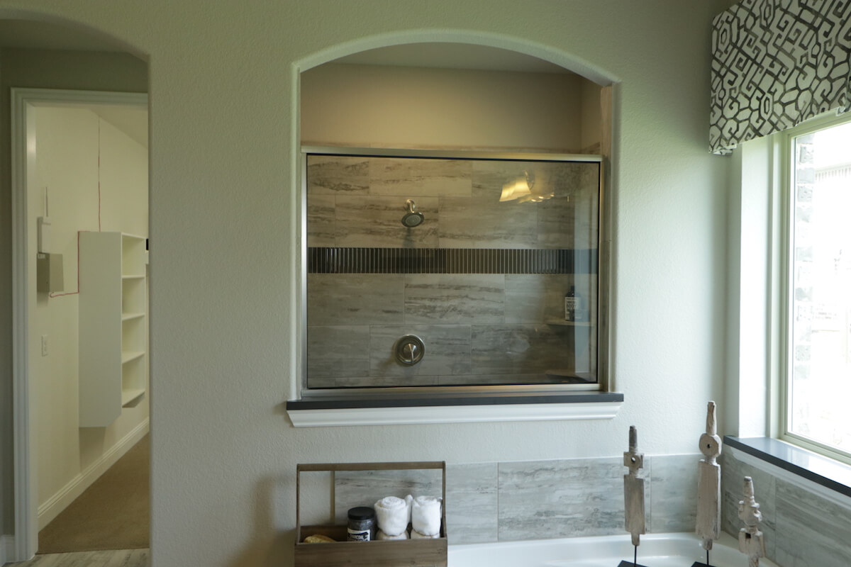 Frameless Neo Angle Shower Doors Mirrors Fashion Glass