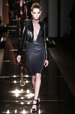 atelier-versace-fall-2013-7