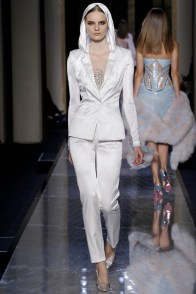 atelier-versace-spring-2014-10