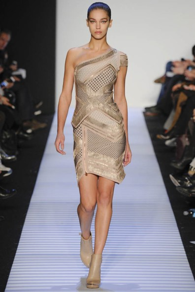 herve-leger-fall--winter-2014-show26